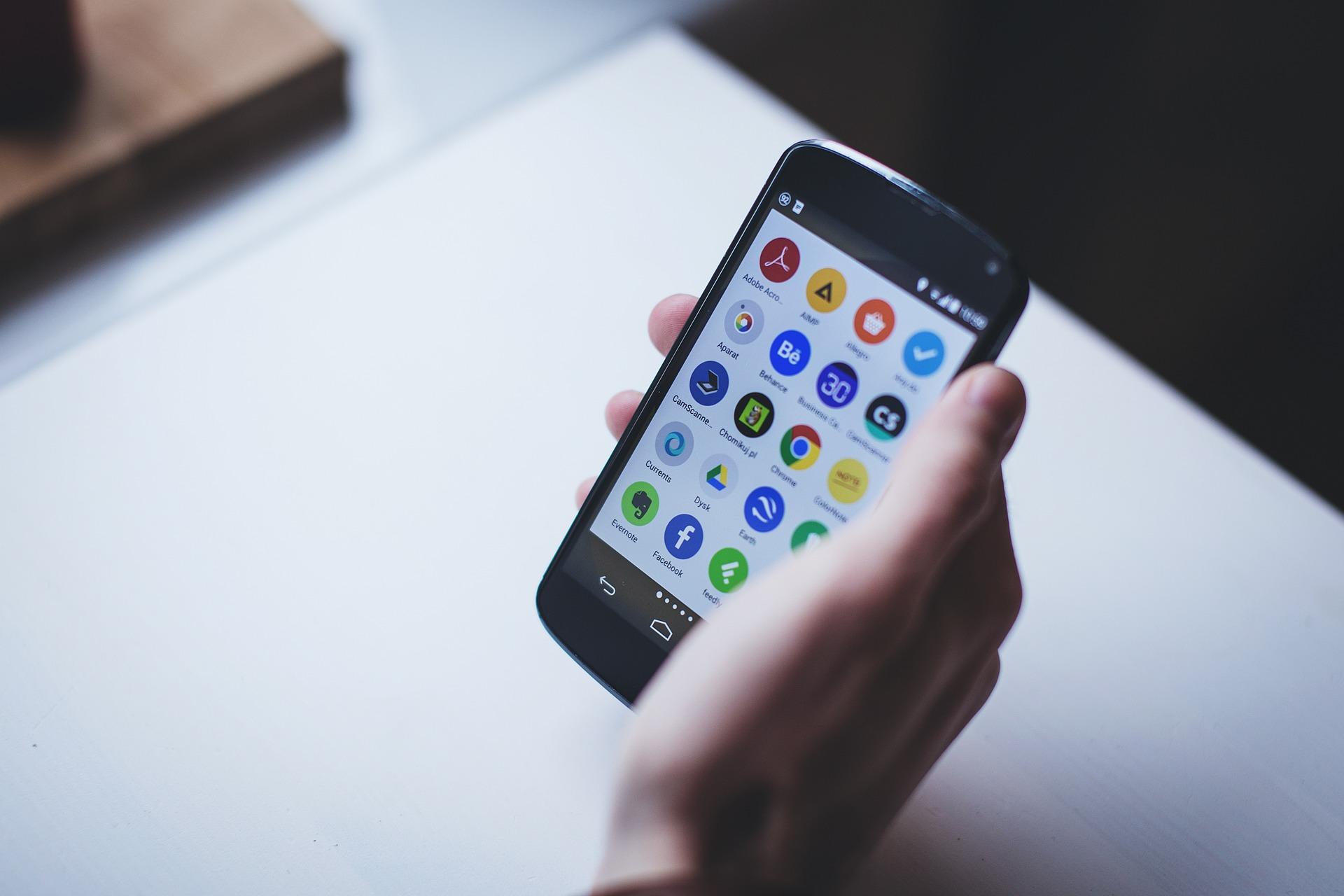 Jak oglądać telewizję online na smartphonie