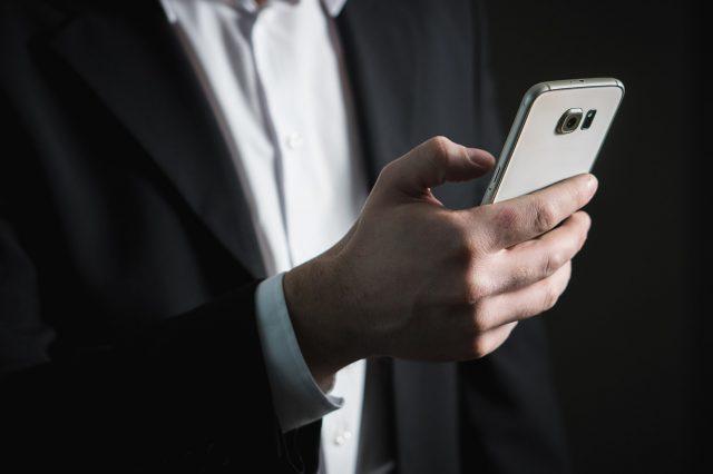 jak zablokować niechciany numer w telefonie